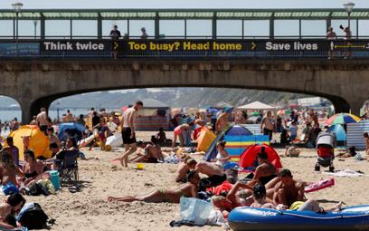 Plaża w Bournemouth na południu Anglii, 30 maja