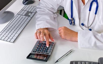 Kasy online w branży medycznej według urzędu skarbowego