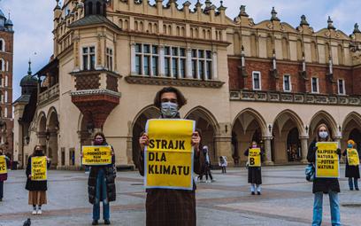 Aktywiści klimatyczni protestują przeciwko bierności rządu