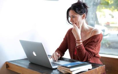 Promocja w internecie drenuje biura podróży