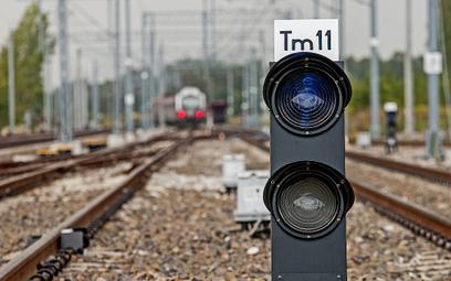 Inwestycje kolejowe na Podkarpaciu: po szynach do metropolii