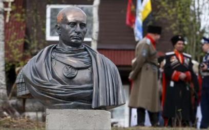 Pomnik Putina w miejscowości Agałatowo (20 km od Petersburga)