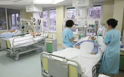 Umiejętność porozumienia się z pacjentem oraz współpracownikami jest najważniejsza i pozwala uniknąć