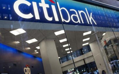 """Citibank pozywa firmy właściciela """"Żubrówki"""""""
