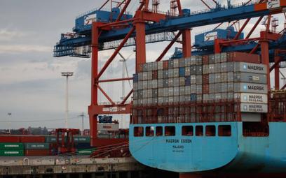 Powrót deficytu w handlu towarowym