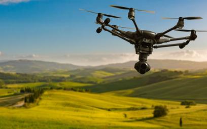 Więcej dronów na polskim niebie - rząd zmienia zasady dla bezzałogowych statków powietrznych