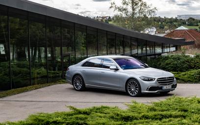 Mercedes S-klasa – komfort i bezpieczeństwo
