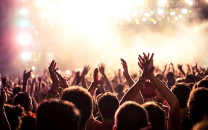 Koronawirus: odwołanie imprez masowych
