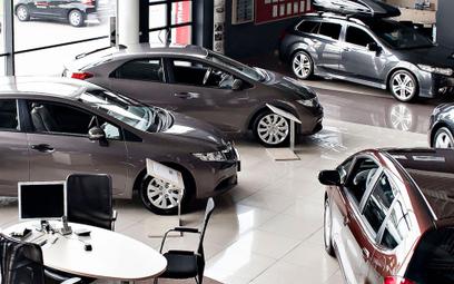 Produkcja i sprzedaż aut drastycznie się kurczą