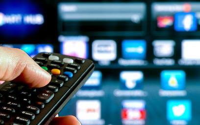 Telewizor musi być duży i z dostępem do internetu