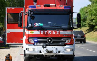 Pięć plutonów straży w 16 pojazdach miało jechać do Czech, by pomóc w usuwaniu skutków tornada, ale