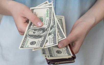 Czym chwilówka różni się od kredytu bankowego?
