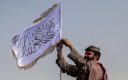 """Talibowie mówią, że uznają """"prawa kobiet, które dał im islam"""""""