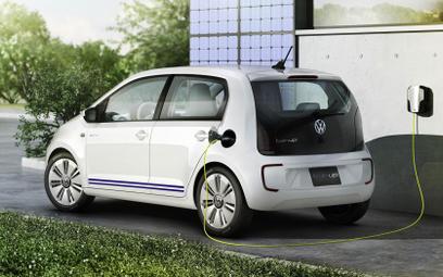 Rząd pomoże w zakupie e-auta. Symbolicznie