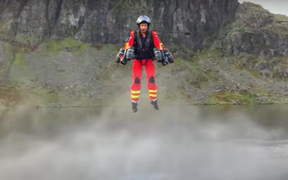 Ratownicy medyczni będą latać jak Iron Man