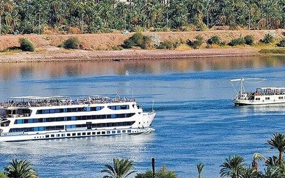 Zawirusowany statek wycieczkowy na Nilu