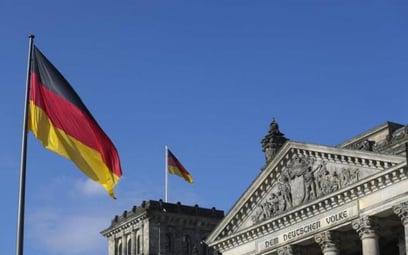 Niemcy nie dość, że są wyjątkowo przekonani do potencjału swojego kraju, to generalnie są na tle eur