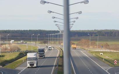 Zmieniają się zasady naliczania zwrotu kosztów podróży z tytułu przejazdów służbowych