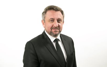 Piotr Tomaszewski jest prezesem Bankowego Funduszu Gwarancyjnego  od marca 2020 r. Z bankowością zwi