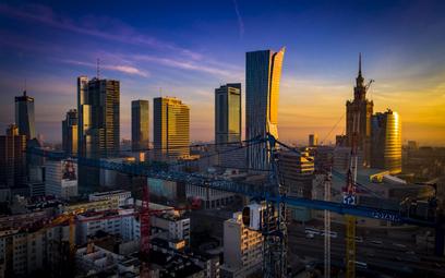 Warszawa buduje coraz mniej biur