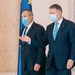 Desygnowany na premiera Nicolae Ciuc (z lewej) i prezydent Klaus Iohannis