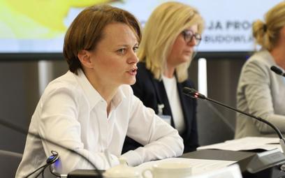 Emilewicz: W przyszłym tygodniu dobre wiadomości dla branży turystycznej