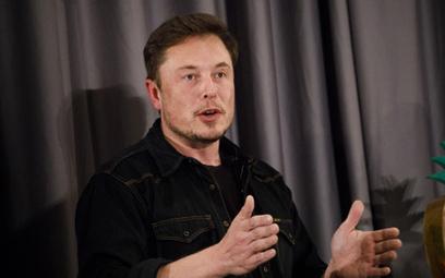 Elon Musk pozwany o manipulowanie kursem akcjami Tesli