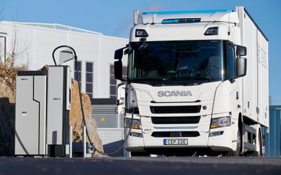 Do końca 2021 roku powstaną dwa standardy ciężarówkowych ładowarek