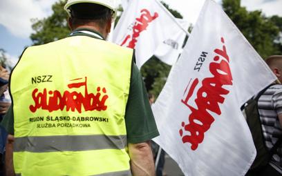 Związki zawodowe: Niełatwo jest zwolnić działacza