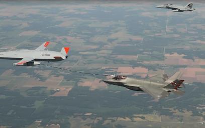 Dron  Stingray tankuje myśliwce szturmowe amerykańskiej armii