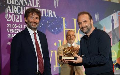 Od lewej: Minister kultury Włoch Dario Franceschini, prezydent weneckiego Biennale Roberto Cicutto o