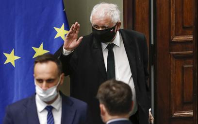 Kaczyński zapowiedział odejście z rządu