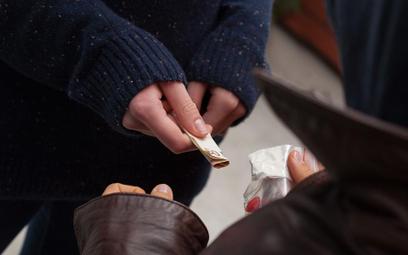 Kara za handel narkotykami za granicą - wyrok w Polsce