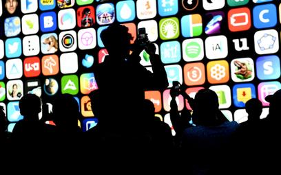 Apple odrzuciło milion aplikacji. Są kontrowersje