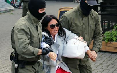 Masowe zatrzymania podczas Marszu Kobiet w Mińsku