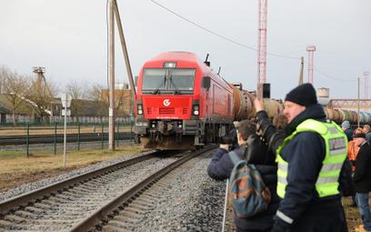 Benzyna z Litwy na Ukrainę przez Polskę. Orlen ma nową trasę