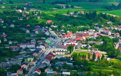 Nowa Słupia utraciła prawa miejskie w 1869 r. Teraz chce je odzyskać.