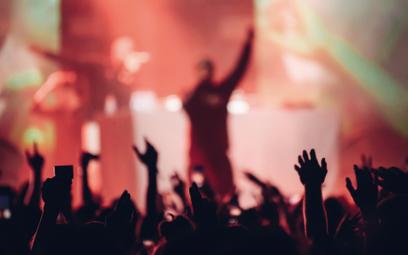 Rap dominuje nad rockiem globalnie