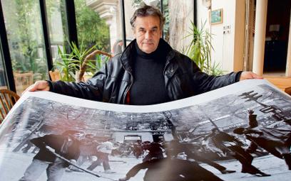 Jedno z pierwszych zleceń dla agencji Magnum stanowiły zamieszki w Paryżu w 1968 roku. Na zdjęciu Br