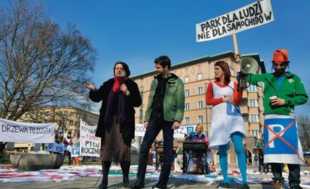 Walka o zieleń, temat wciąż nośny. Akcja miejskich aktywistów w Krakowie, marzec 2015 r.