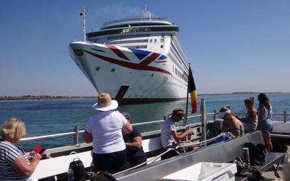 Wycieczka do wycieczkowca? Nieczynne statki celem turystów