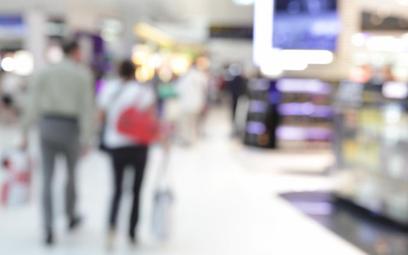 Raport kancelarii prawniczej Deloitte Legal: Polacy rzadko zwracają zakupione towary