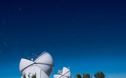 Teleskopy sieci Panoptes-Solaris: Solaris-1 i Solaris-2, obserwatoria CAMK PAN w RPA, zarządzane prz