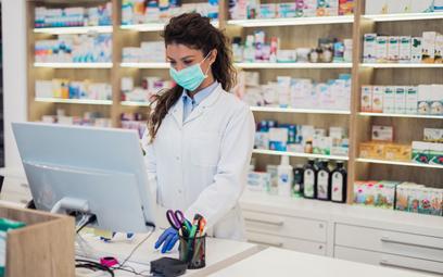 Ruszają tzw. przeglądy farmaceutyczne na podstawie ustawy z 10 grudnia 2020 r. o zawodzie farmaceuty