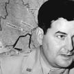 Generał Curtis E. LeMay (1906–1990), autor koncepcji nocnych nalotów dywanowych na Japonię maszynami