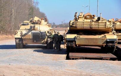 Czołgi Abrams na poligonie w Drawsku Pomorskim