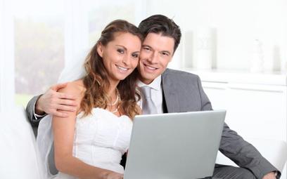Jakie formalności przed ślubem można załatwić przez internet