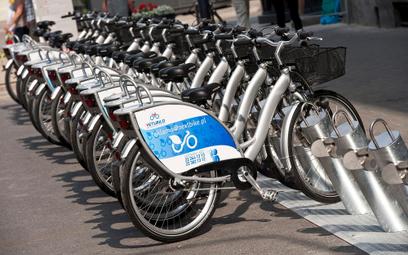 Rowery miejskie na ostrym zakręcie