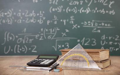 Reforma edukacji: RPO żąda ujawnienia autorów podstawy programowej z matematyki