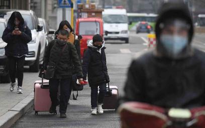 Chińscy naukowcy: Koronawirus nie pojawił się na targu w Wuhan